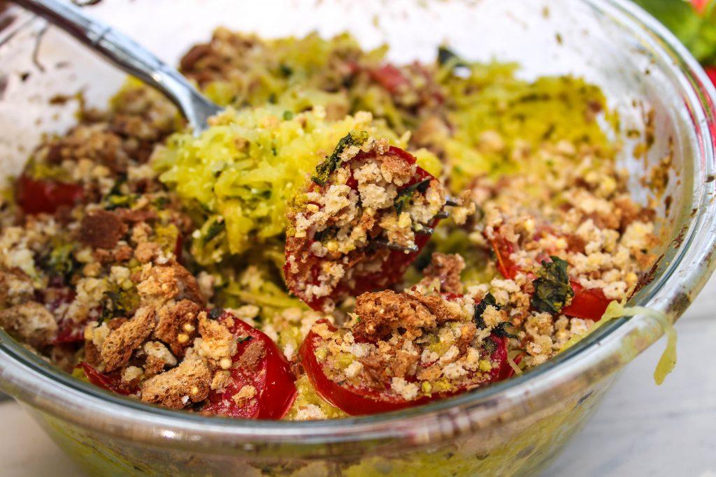 vegan pesto spaghetti squash bake-3