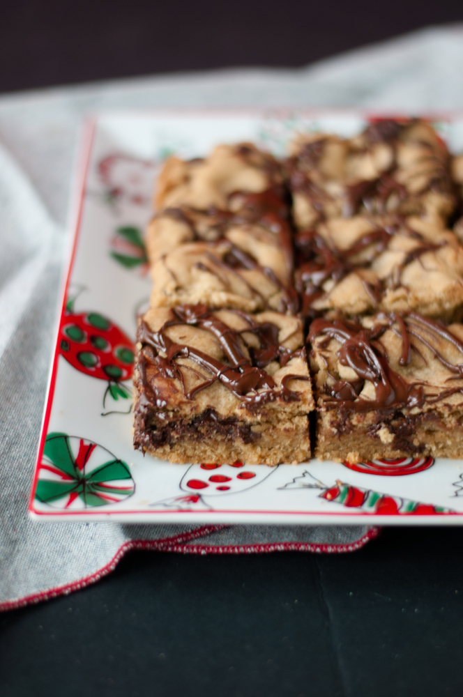 vegan chocolate chip cookie bar