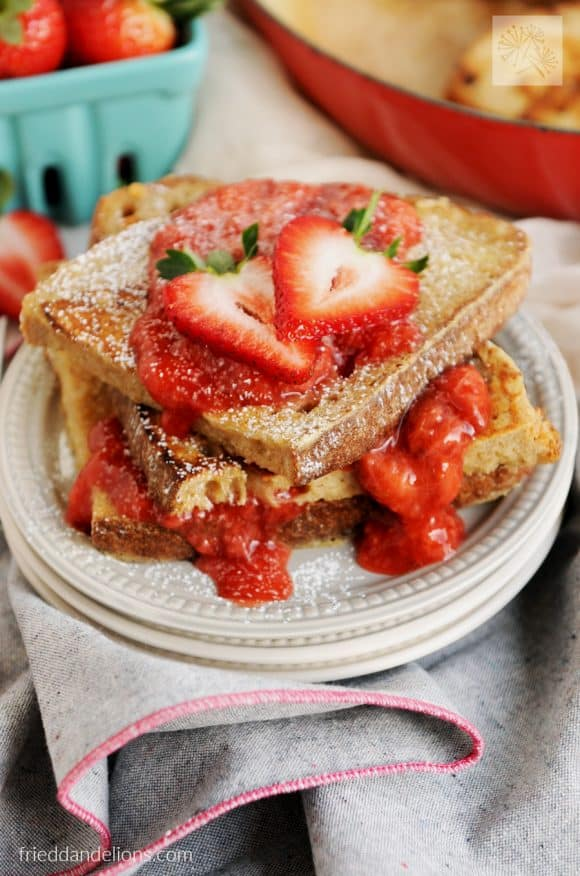 vanilla french toast with strawberries