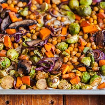 brussels sprouts and sweet potato sheet pan dinner-3