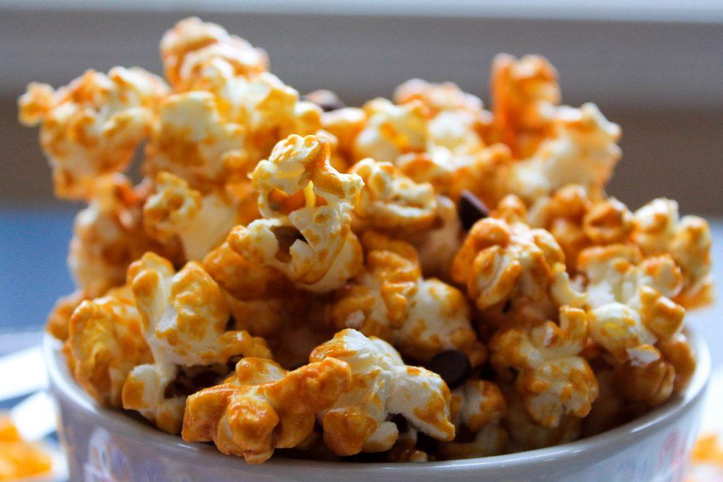 Peanut Butter Caramel Corn (GF + V)