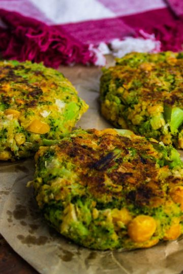 broccoli chickpea fritters