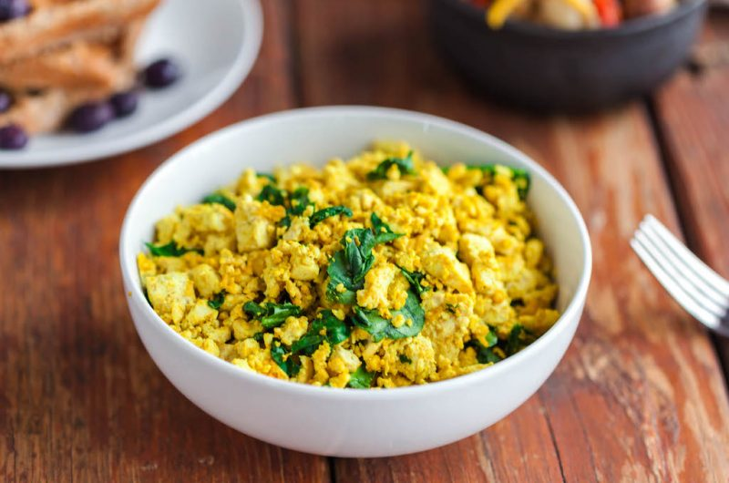 Easy Tofu Scramble with Spinach