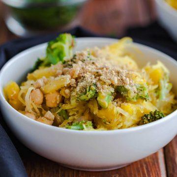 broccoli-chickpea-spaghetti-squash-bowls-7