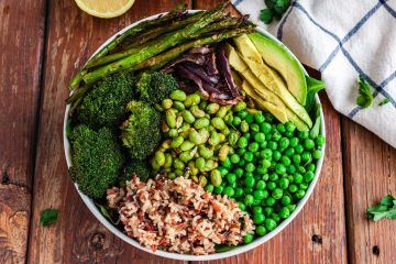 green vegan buddha bowl