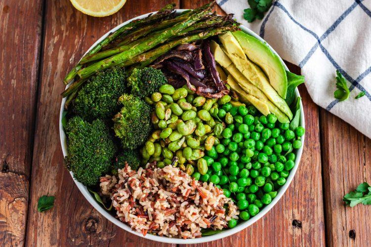 green vegan buddha bowl